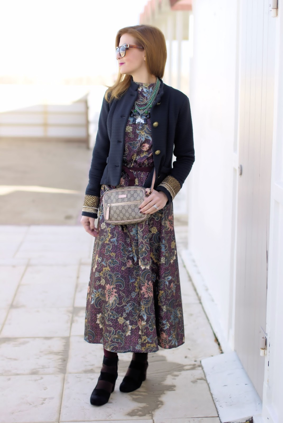 How to wear a floral jaquard maxi dress in winter on Fashion and Cookies fashion blog, fashion blogger style