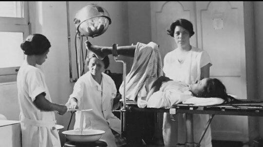 Marie Thomas, dokter wanita Indonesia pertama