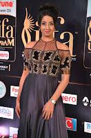 Sanjjanaa Galrani aka Archana Galrani in Maroon Gown beautiful Pics at IIFA Utsavam Awards 2017 20.JPG