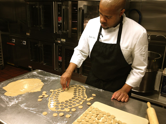 chef, Justin Gaines, chatting fabulously, interview, eating fabulously