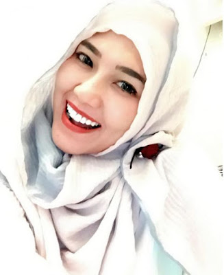 650228 via hijab Foto Via Vallen Terlihat Makin Anggun Saat Berhijab, Awas Naksir!
