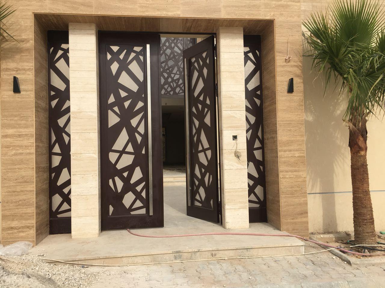 Puertas de exterior puertas exterior modernas puertas for Puertas decorativas para interiores