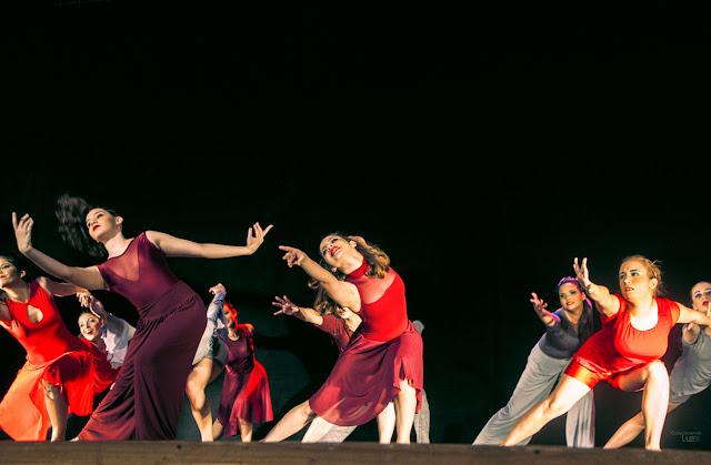 Pague um preço pelo seu Ministério, pessoas dançando, ministério de dança