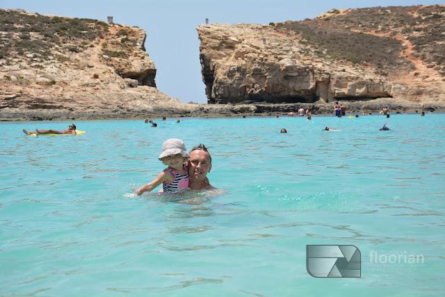 główne atrakcje turystyczne Malty - Wyspa Comino i Blue Lagoon czyli błękitna laguna