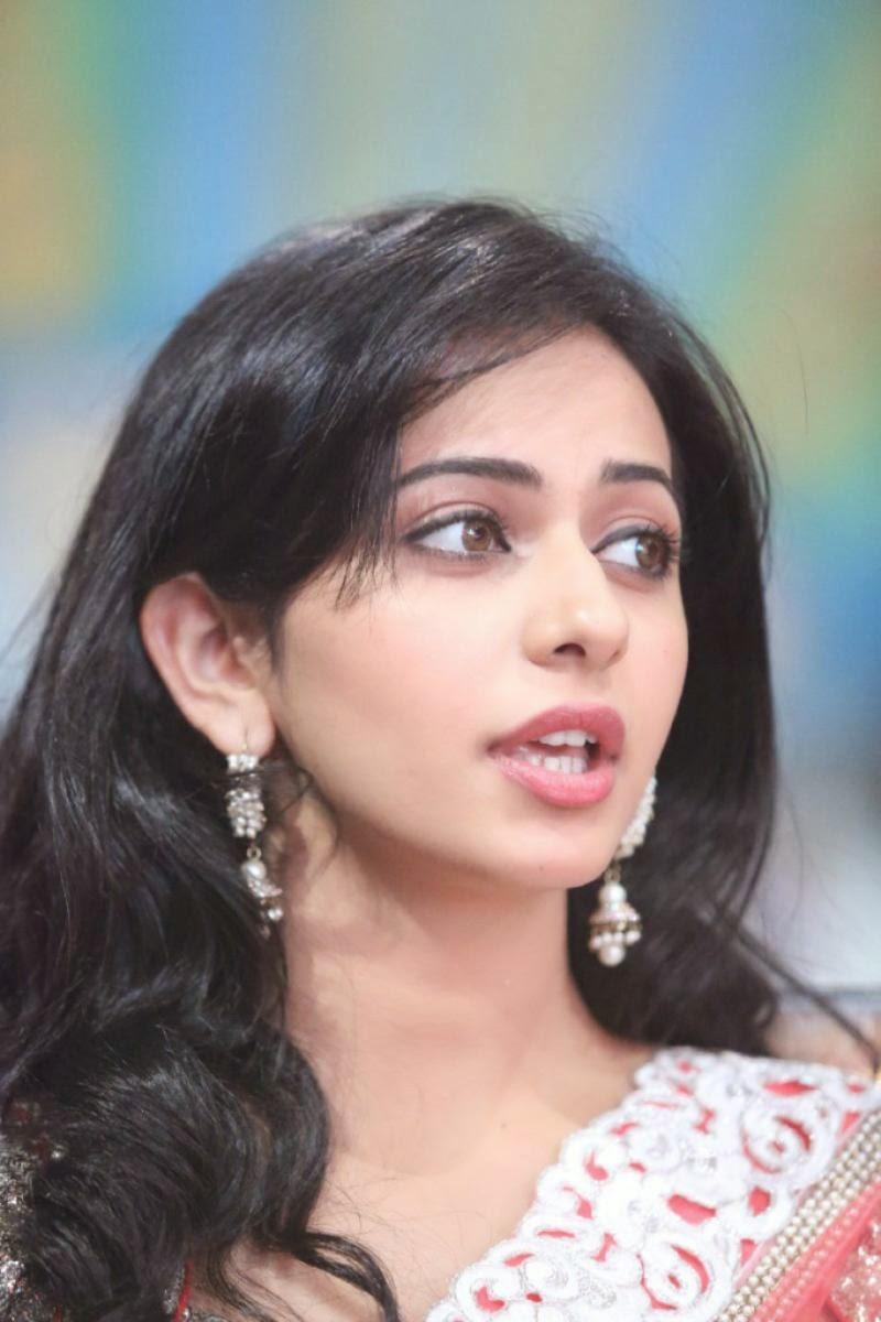 South Indian Actress Rakul Preet Singh Face Closeup Images In Pink Saree