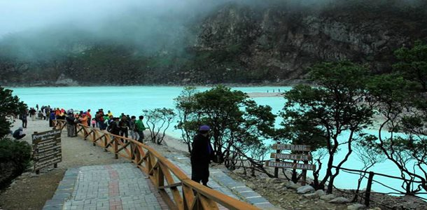 Wisata Kawah Putih Ciwidey Bandung, Pesona Indahnya Bumi Parahyangan