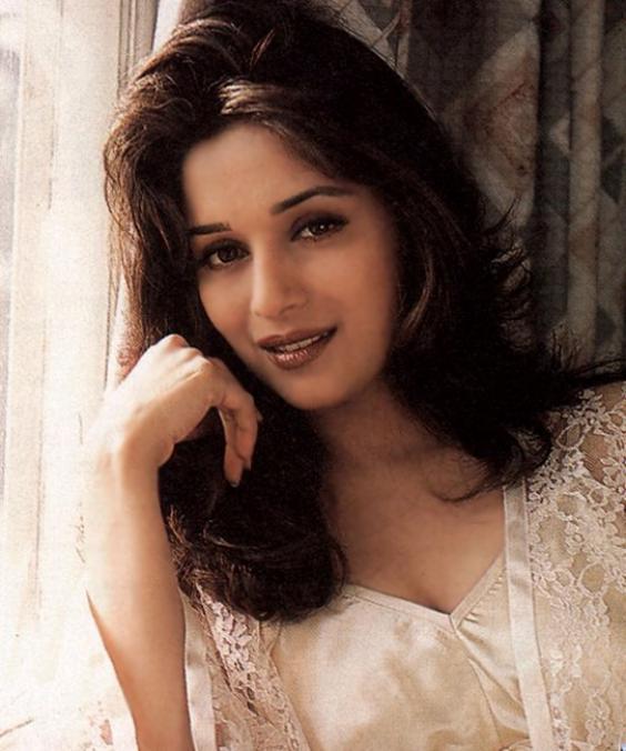 Top Hd Bollywood Wallapers Madhuri Dixit Pics-3031