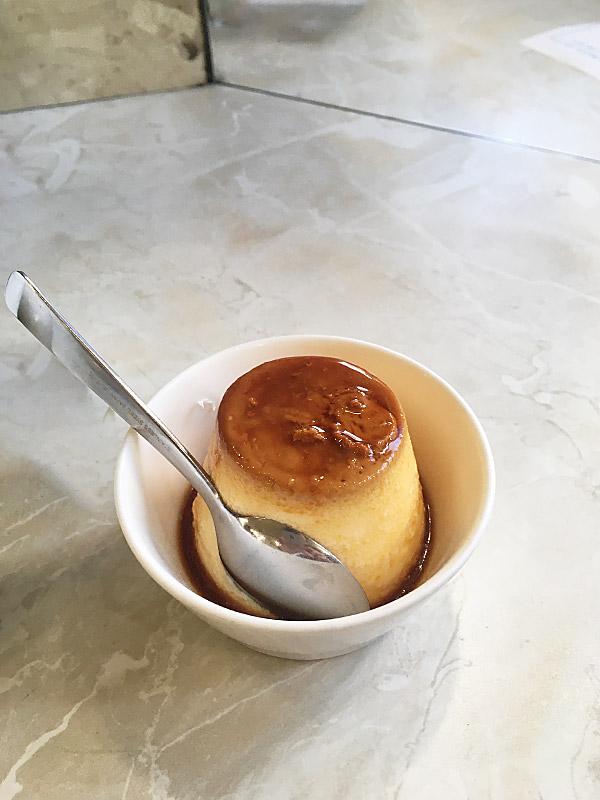新橋の有名レストラン『カフェテラスポンヌフ』のプリン