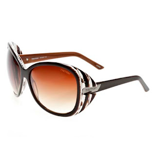 bc4c1190cef40 A importância dos óculos de sol. Muito mais do que um acessório de moda, os  óculos escuros existem para proteger os nossos olhos dos perigosos raios  solares ...