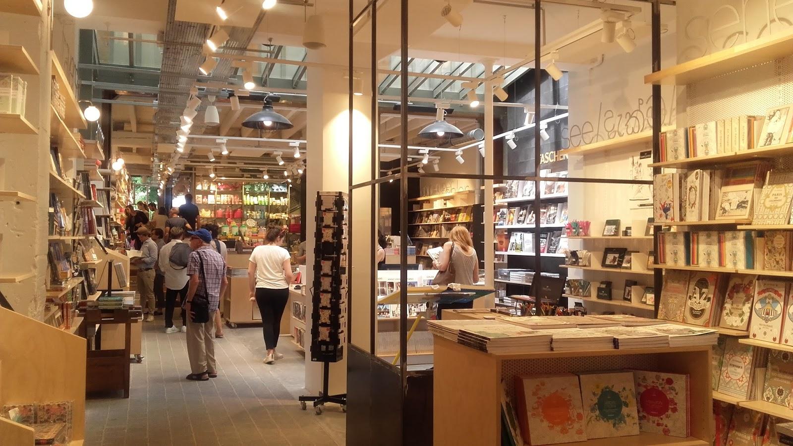 Positive eating positive living la mouette rieuse paris marais le nouveau - Concept store marais ...