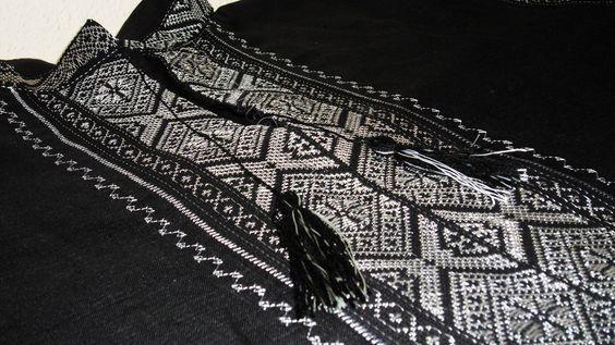Для вишиванки все обиралося неспроста  тканина a7d153fd99076