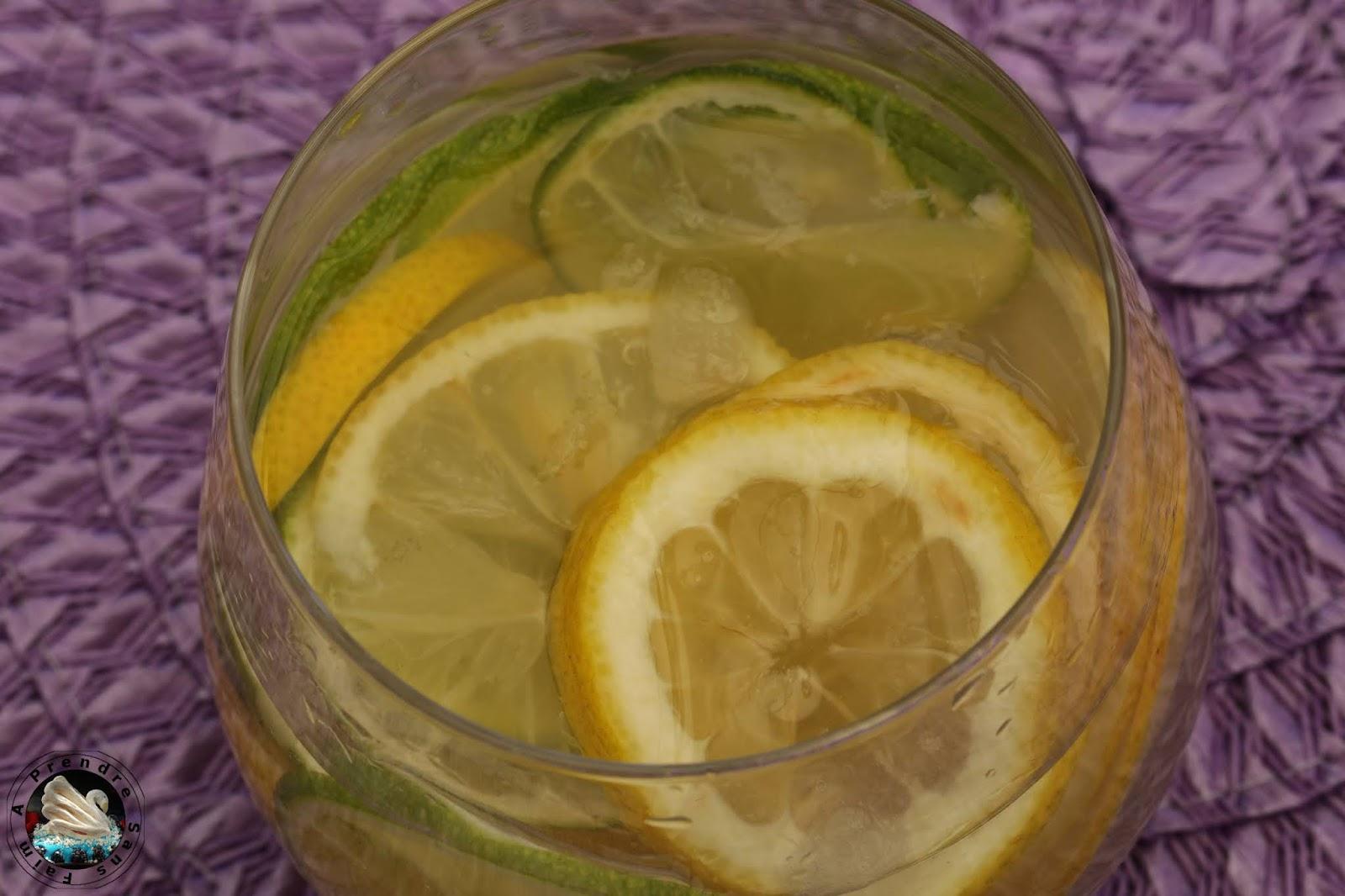 Eau détox citron citron vert