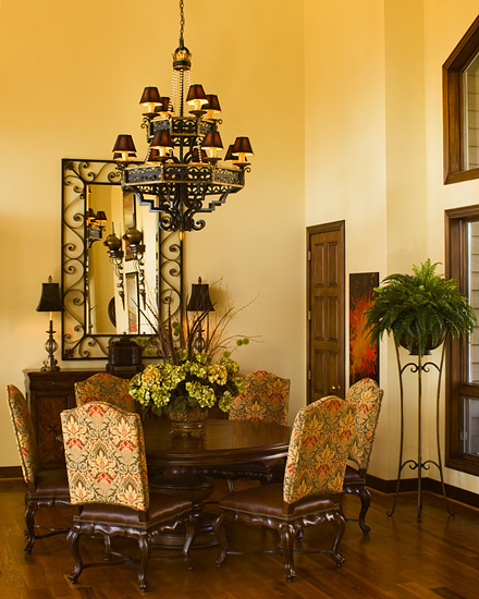 Outstanding Transitional Dining Room Suitable For Any Home: Interior Home Decoration