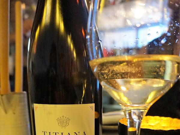 WINE TASTING WITH DIVINO IN VINO