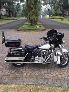 Bursa Moge Bekas : Dijual Harley Electra Police 2006