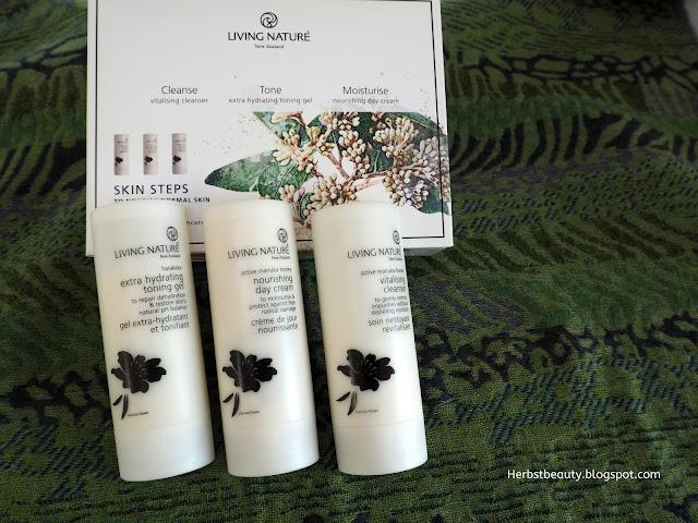 LIVING NATURE Pflegeset für normale Haut