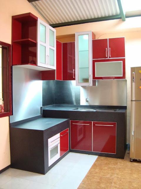 dapur warna merah