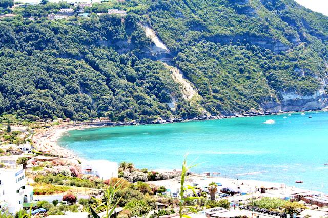 spiagge, mare, acqua, monti, vegetazione, alberi, isola Ischia