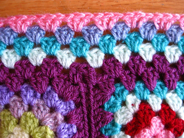 Bunny Mummy How To Make A Flat Border For Granny Square Blankets