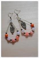 boucles d'oreilles gouttes hiboux et perles orange saumon