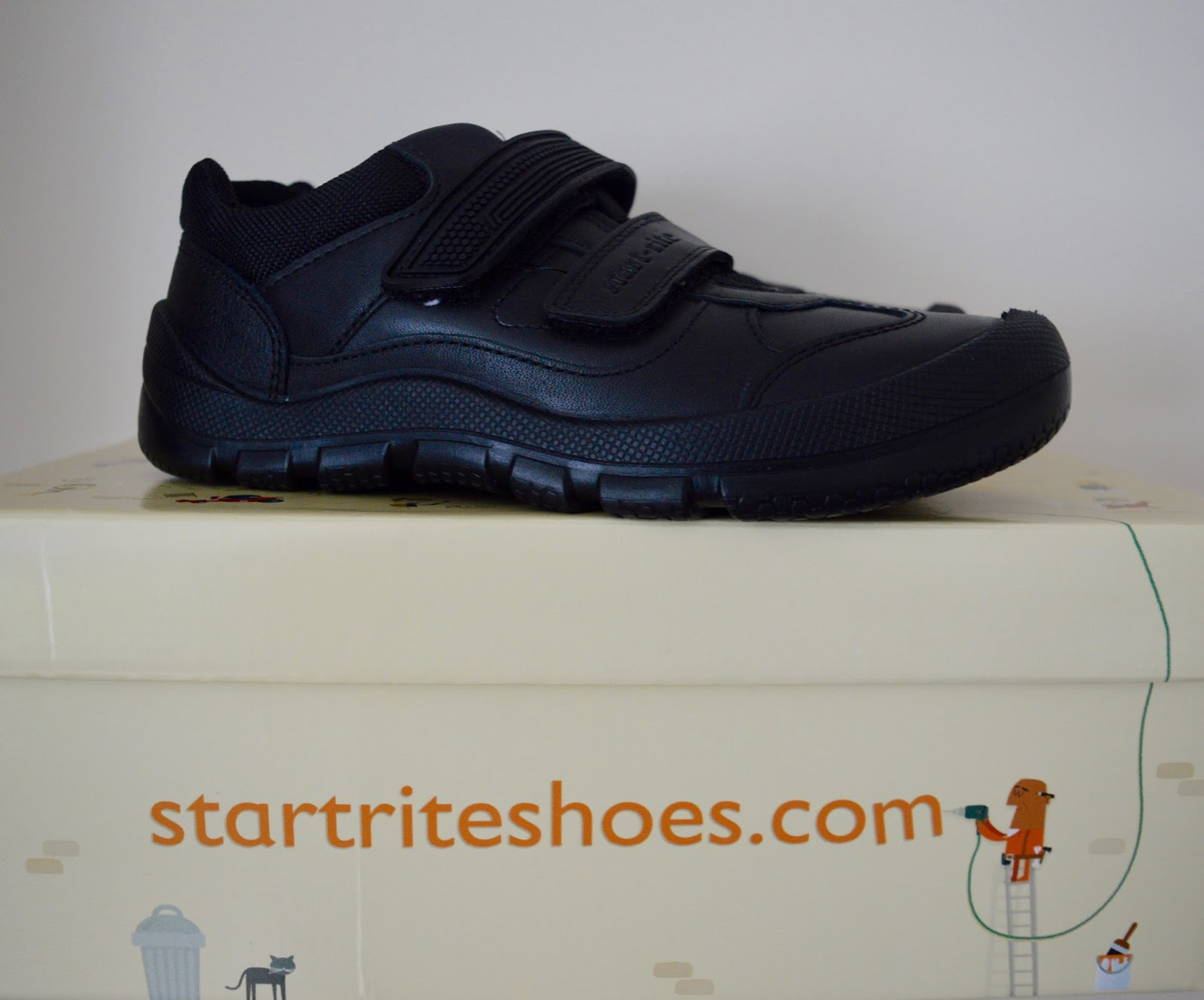 It's time to buy new school shoes - is it worth investing in quality? - Startrite boys' Rhino Shoes Review