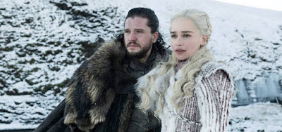 Jon Snow (Kit Harington) e Daenerys Targaryen (Emilia Clarke) na última temporada de Game of Thrones