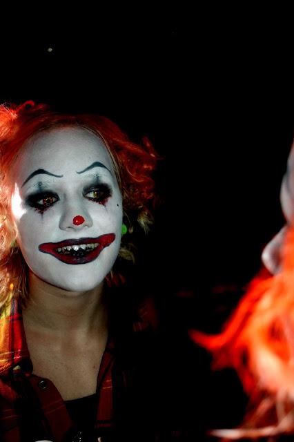 Min coolaste vän Noras halloween smink! fb0d809142085