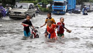 100 Hektare Sawah Terendam Air