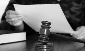 ठाणे सत्र न्यायालयाचा महत्त्वपूर्ण निकाल,पतीच्या खुनाच्या आरोपातून पत्नीची निर्दोष मुक्तता