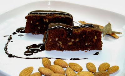 Brownie de chocolate y almendras