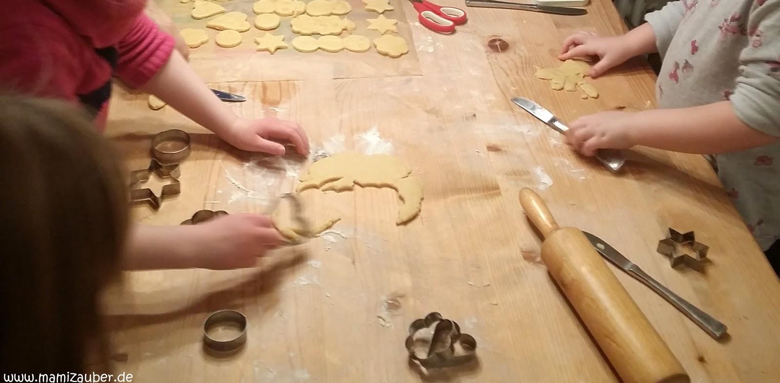 Last minute pl tzchen zum ausstechen und verzieren weihnachtskekse f r kinder mamizauber - Platzchen dekorieren ...