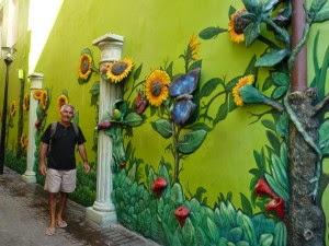 Decorilumina ideas de paredes exteriores y cercos decorados for Decoracion paredes exteriores patios