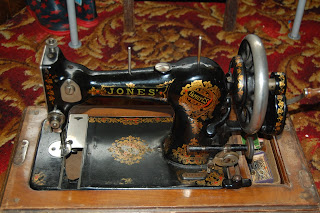 A hand cranked sewing machine could make you fashionable and save your electric bills. Off Grid living.