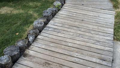 camminamenti-per-giardino-legno