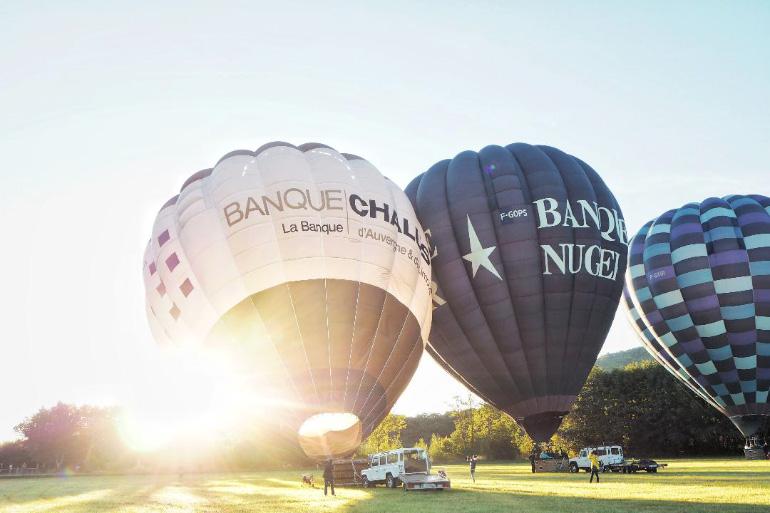 Baptême de vol en montgolfière dans le Sancy