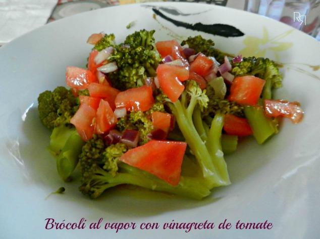 """""""Brócoli al vapor con vinagreta de tomate"""""""