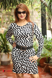 Actress Saloni Latest Pos in Short Dress  0249.JPG