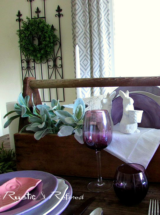 Creating a quick and easy centerpiece idea with rustic farmhouse touches for any dining table.