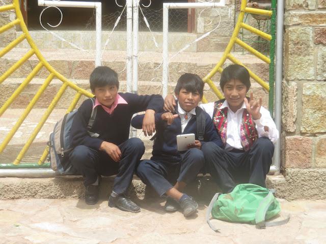 Schüler aus dem Gymnasium Esmoraca fast so modern wie in Europa