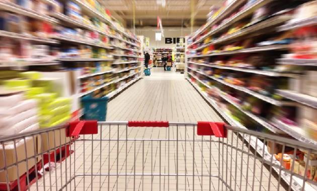 Νοθευμένα και ακατάλληλα προϊόντα έχουν κατακλύσει την αγορά
