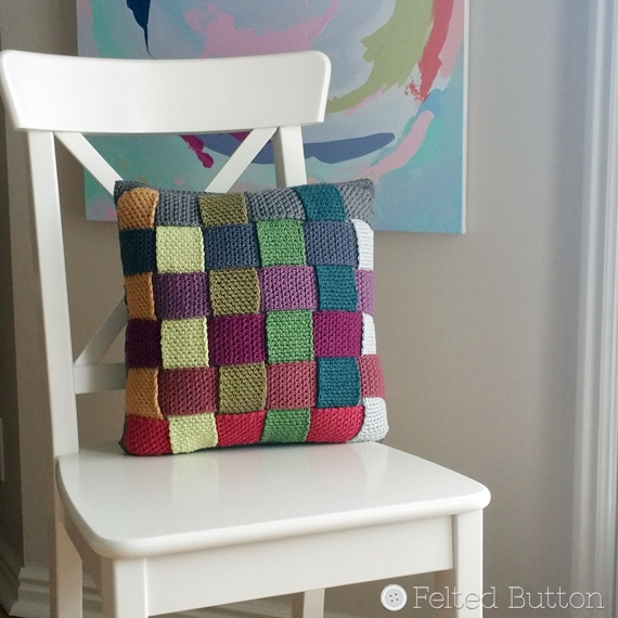 Crisscross Catona Cushion Cover (free pattern) by Susan Carlson of Felted Button