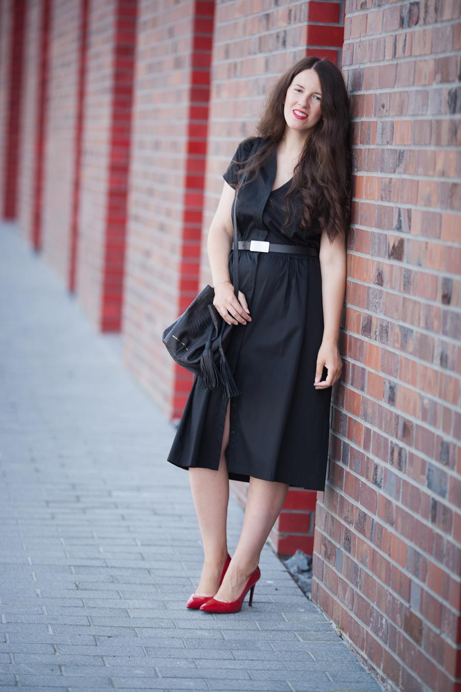 08f30c6b71 sukienka BORKO   torebka ZOFIA CHYLAK   szpilki KAZAR   pasek TOP SECRET    bransoletka US   kolczyki PANDORA