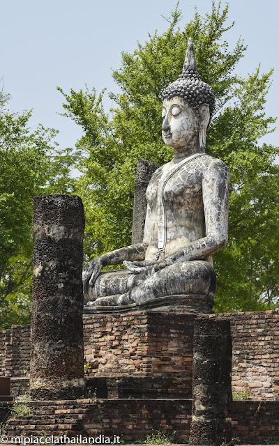 Wat Traphang Ngoen, Sukhothai, viharn, sitting Buddha