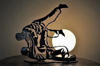https://www.alittlemarket.com/luminaires/fr_lampe_tactile_judoka_en_metal_-19670216.html