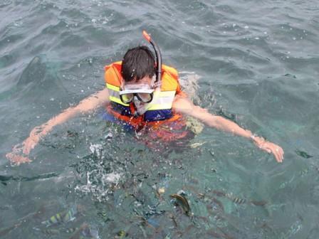 Snorkling di Pulau Lengkuas Belitung