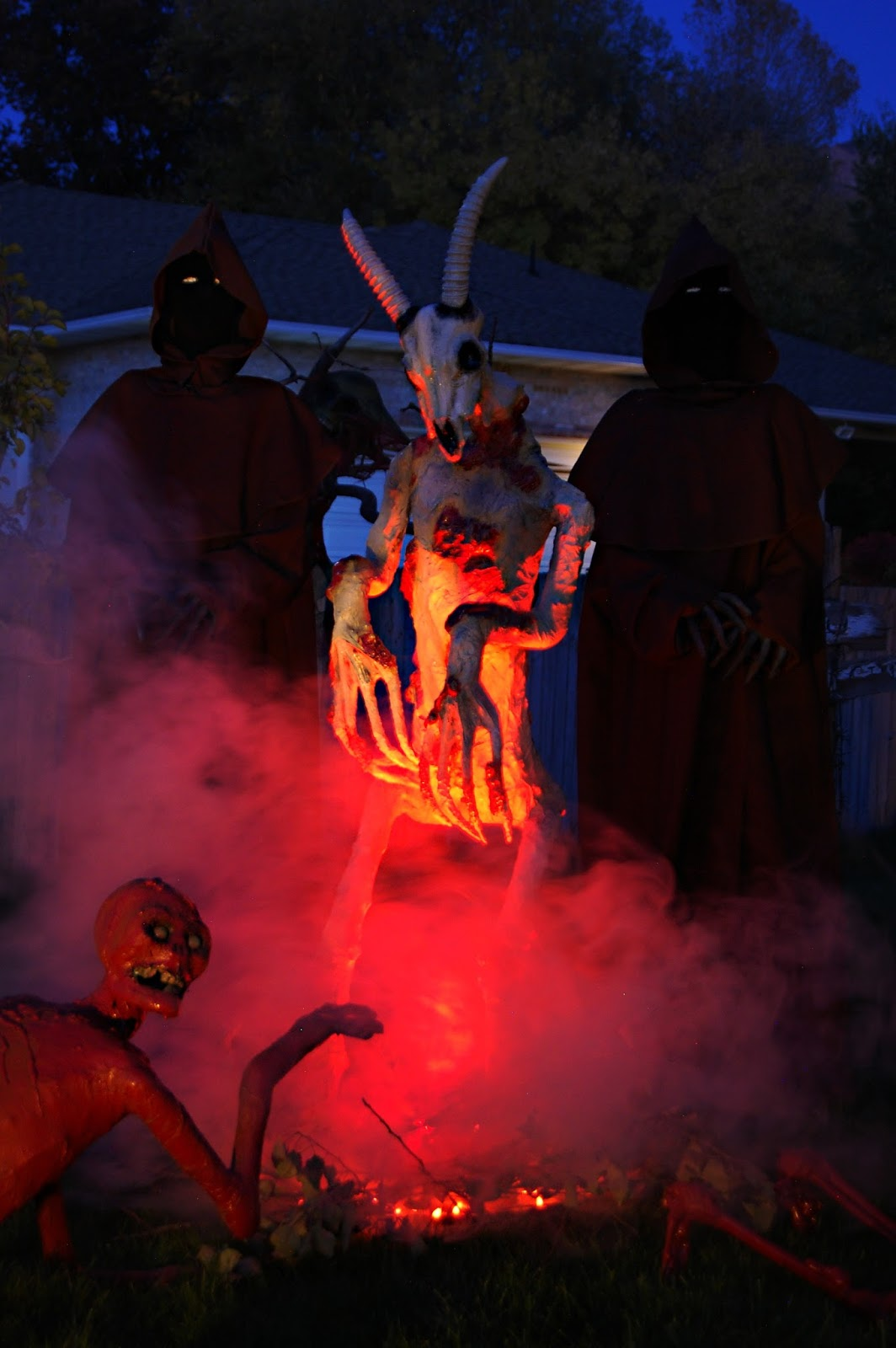 pumpkinrot com the blog deads end yard haunt halloween 2017 rh pumpkinrot blogspot com halloween yard haunt 2012 halloween yard haunt port orange