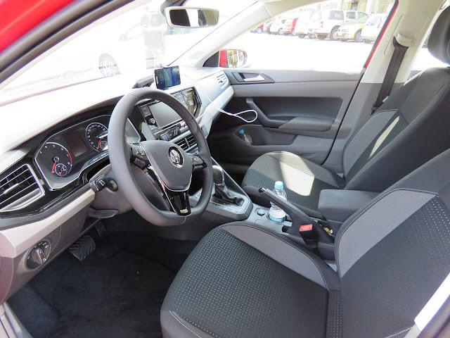 Volkswagen Polo 200 TSI Comfortline - interior
