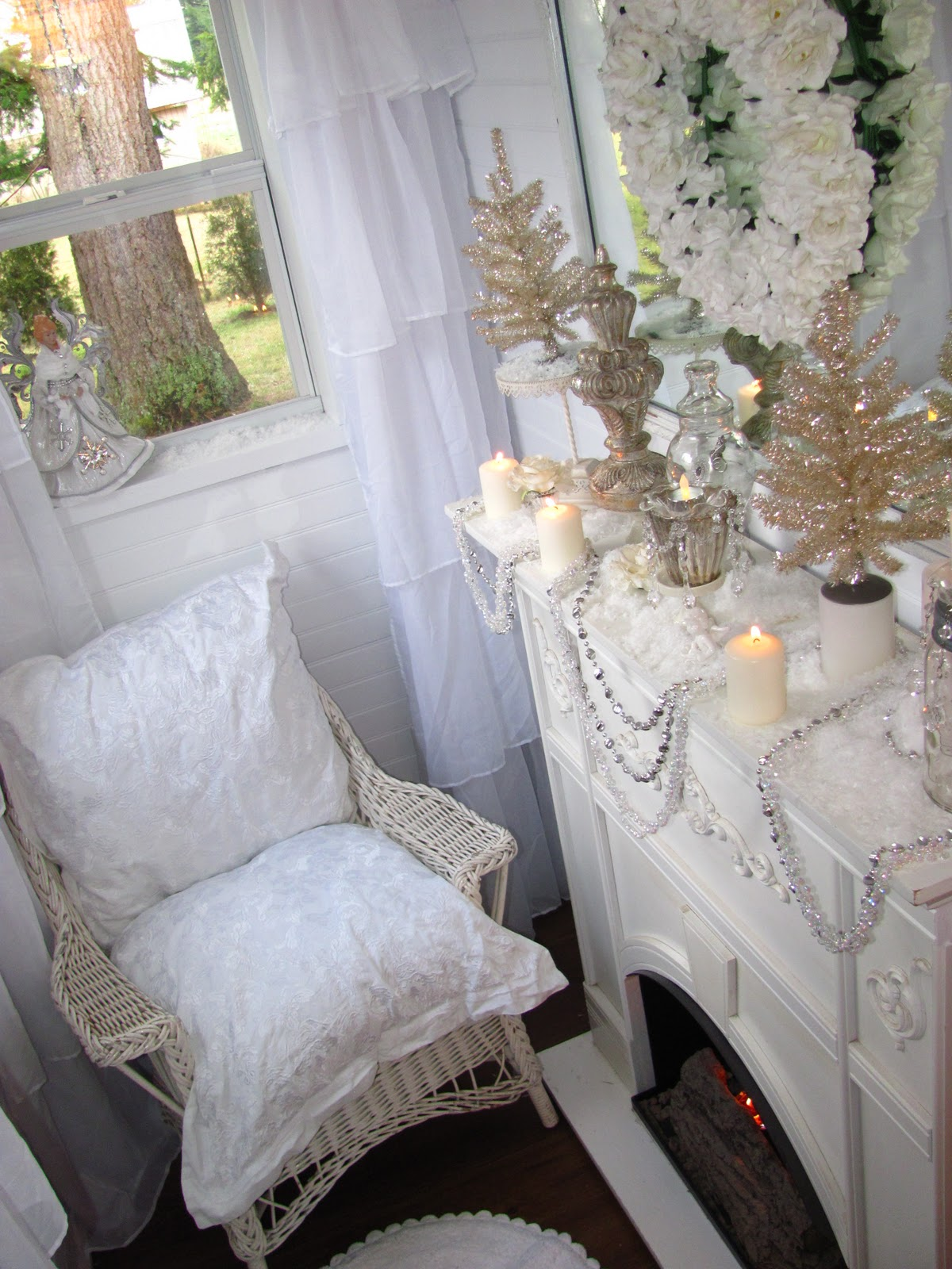 Shabby Chic Tiny Retreat My Tiny House Is Decorated For