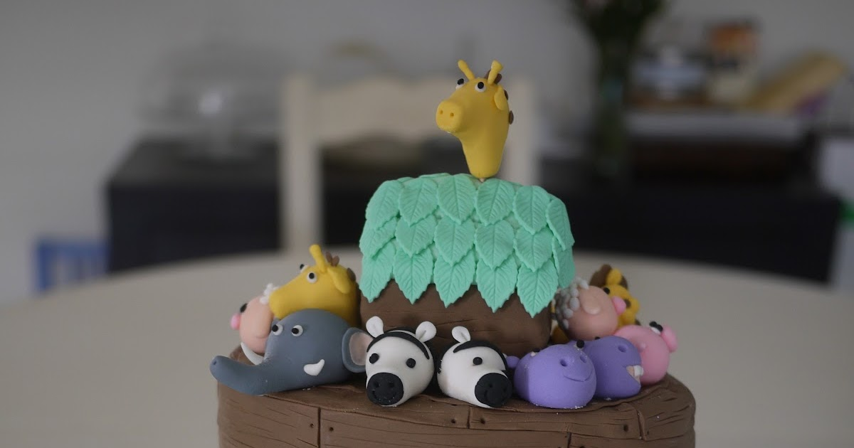 Simple Fondant Fairies Sitting Cake Toppers Sydney
