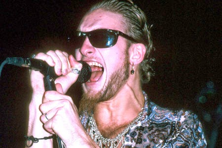 The Time Alice in Chains' Layne Staley Stood Up to Rowdy ...